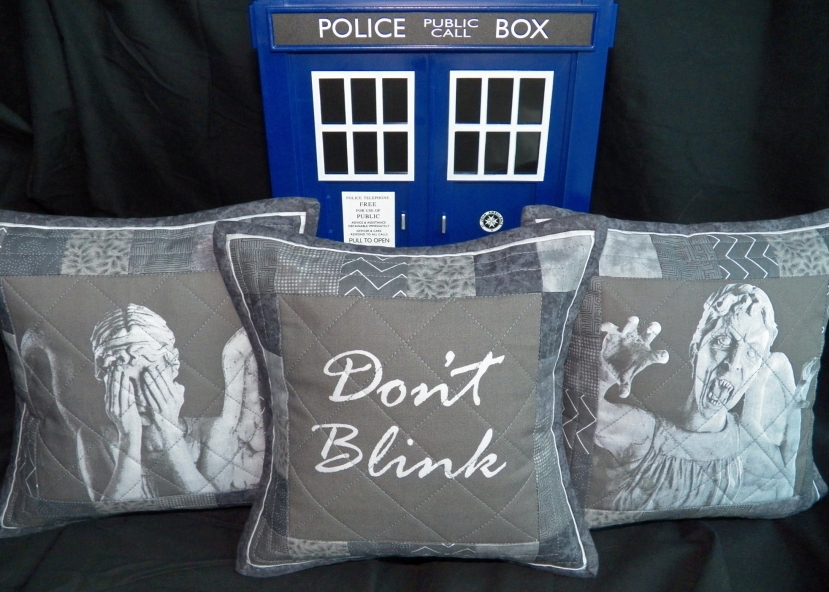 Weeping Angel Don't Blink Pillow Set